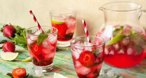 Drinkar Strawberry Daiquiri Jordgubbsbål Bål