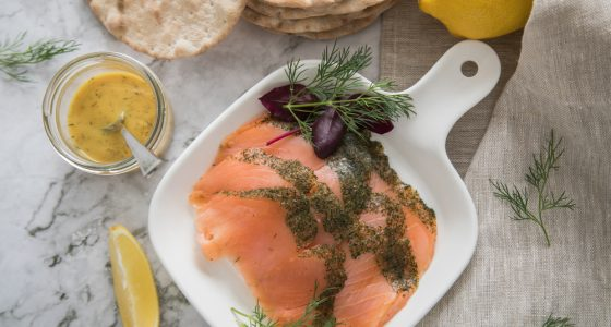 Gravlax,A,Raw,,Marinated,Graved,Salmon,With,Dill,On,Plate